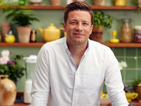 Jamie oliver le ph nom ne culinaire venu d angleterre vela for Cuisinier oliver
