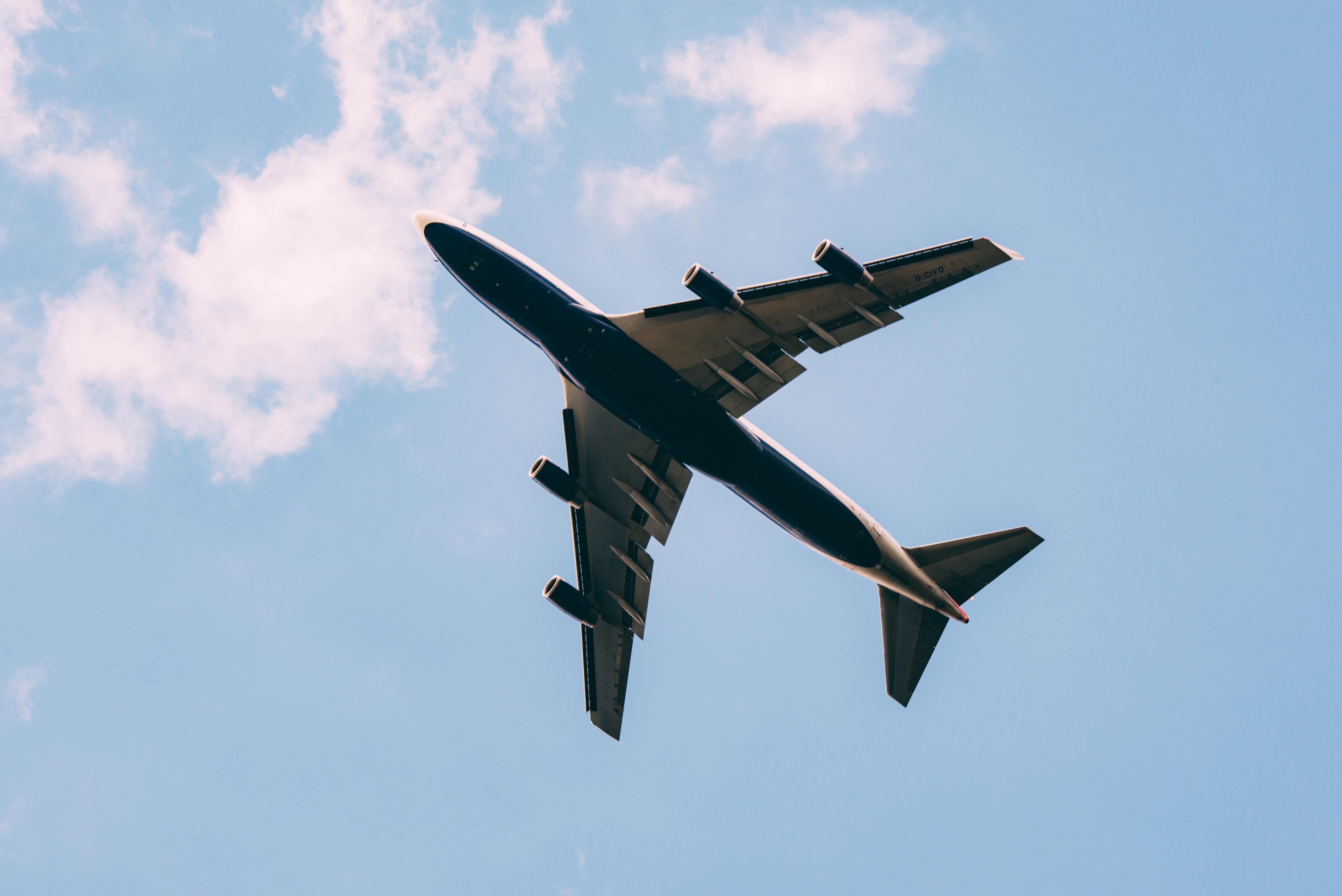 séjour linguistique avion voyage valise