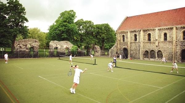 scolarité à l'étranger sport tennis